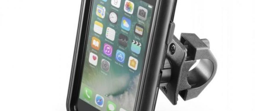 Holders and mounts, now your smartphone can travel safely